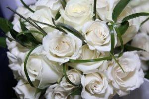 rosas-blancas-ramo_21233586